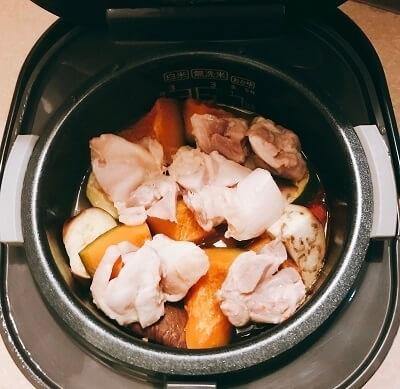 炊飯器、夏野菜カレー、無水